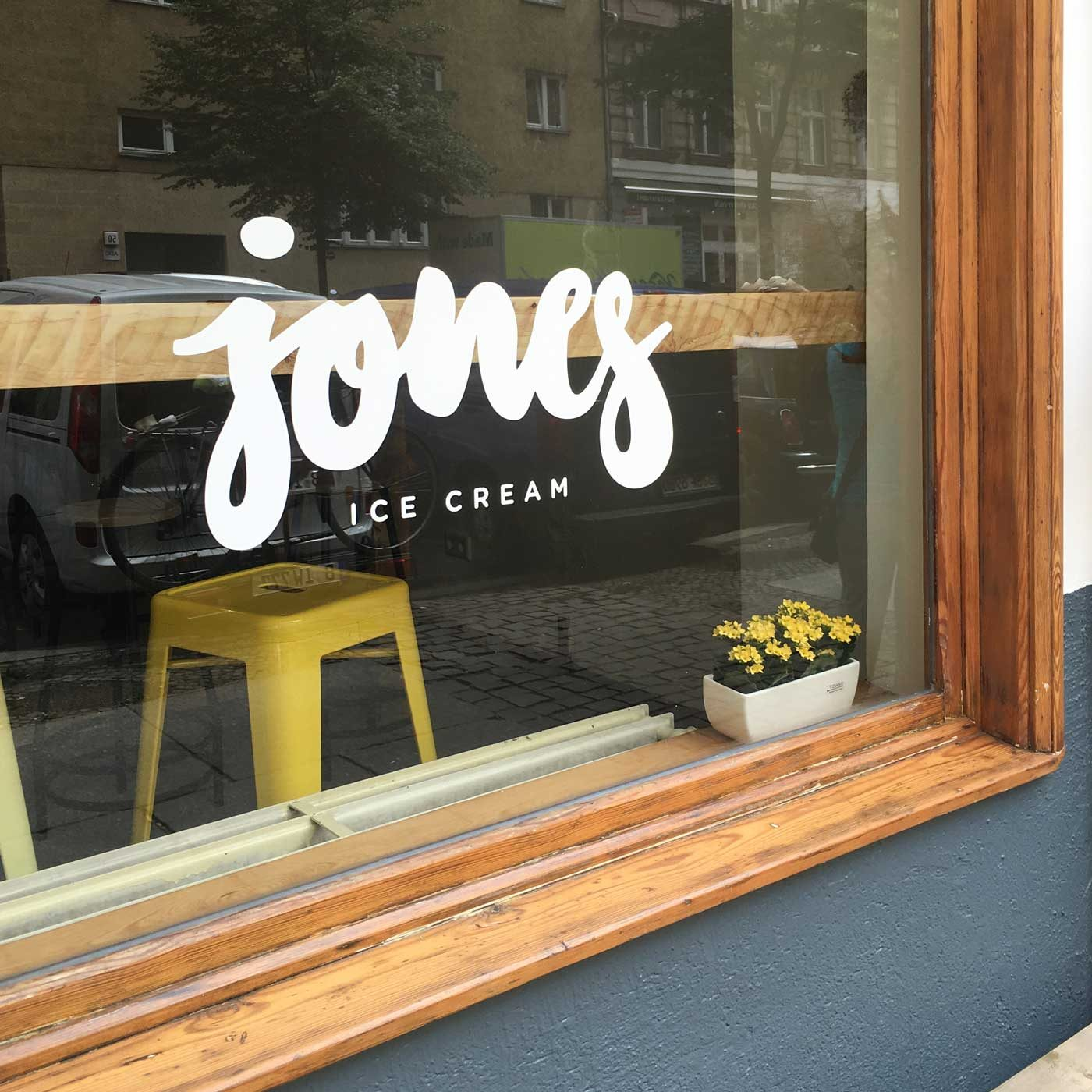 Jones Ice Cream – Logo by upstruct